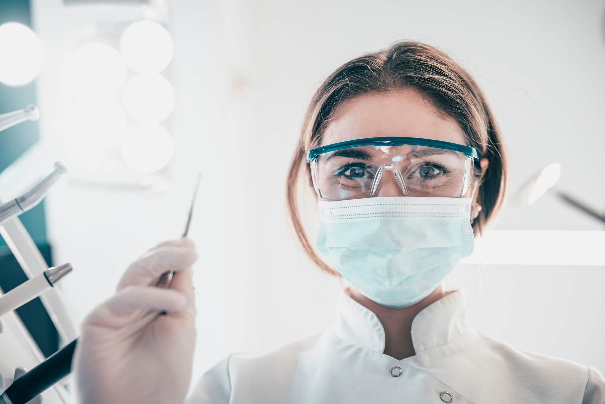 Biossegurança em endodontia: quais os cuidados dentro de um consultório?